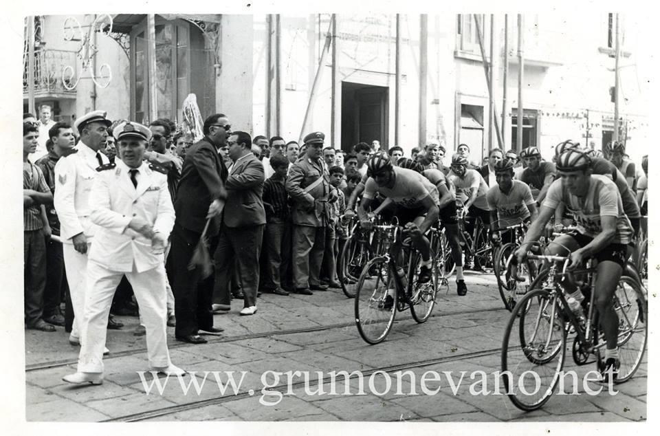 Foto storiche di Grumo Nevano – Gara ciclistica-