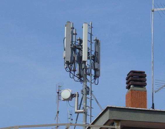 PROBLEMATICA DELL'INSTALLAZIONE  STAZIONI RADIO BASE PER TELEFONIA MOBILE SUL TERRITORIO DI GRUMO NEVANO