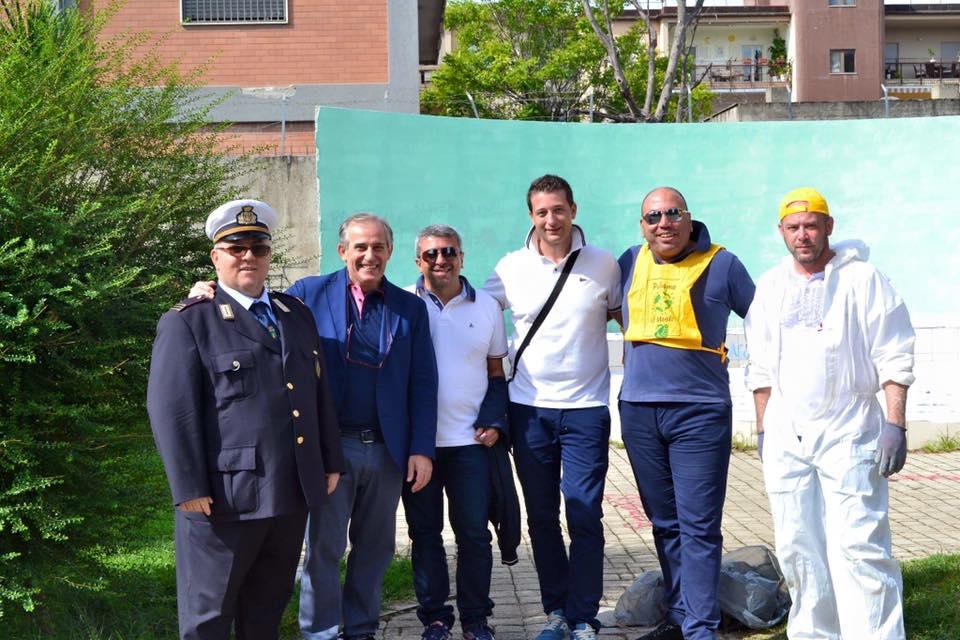 """Grumo Nevano- Il Consigliere Vincenzo LIGUORI ringrazia tutti i membri del comitato cittadino la mente libera per l'impegno profuso affinché si realizzasse anche a Grumo Nevano l'iniziativa """" Puliamo il Mondo"""""""