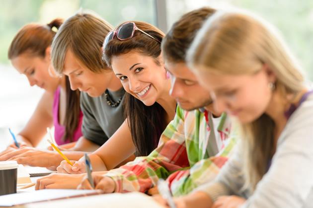 Grumo Nevano, L'Amministrazione informa che sono in liquidazione gli 80 contributi una tantum di Euro 250,00 ai giovani compresi tra i 15 e 26 anni per sostenere la frequenza o l'iscrizione a un corso di studio.