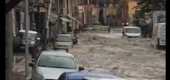 CASANDRINO, Pesante allagamento a Casandrino, evitare le strade del centro e via Borsellino.