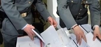 **ULTIMISSIMA**Napoli: Blitz della finanza nelle copisterie universitarie: sequestrati 2000 testi