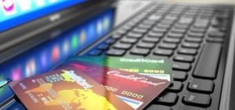 DENUNCIATA truffatrice napoletana: Vendeva cellulari su Facebook senza mai spedirli…
