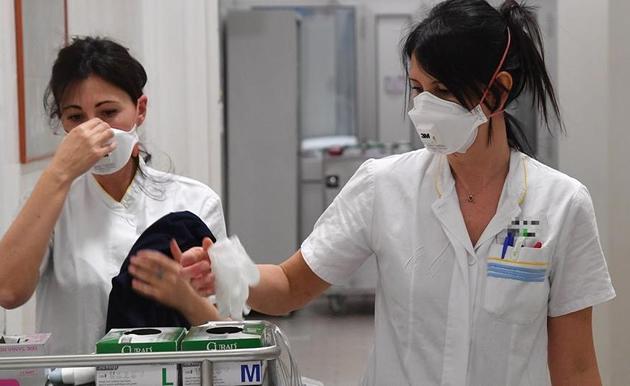 **ULTIMISSIMA** Sospetto caso di meningite a Frattamaggiore, 16enne trasferito d'urgenza al Cotugno