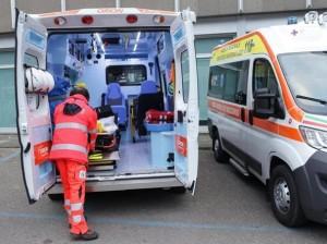 ambulanza-kRpF-U43300769276931AAB-1224x916@Corriere-Web-Roma-593x443