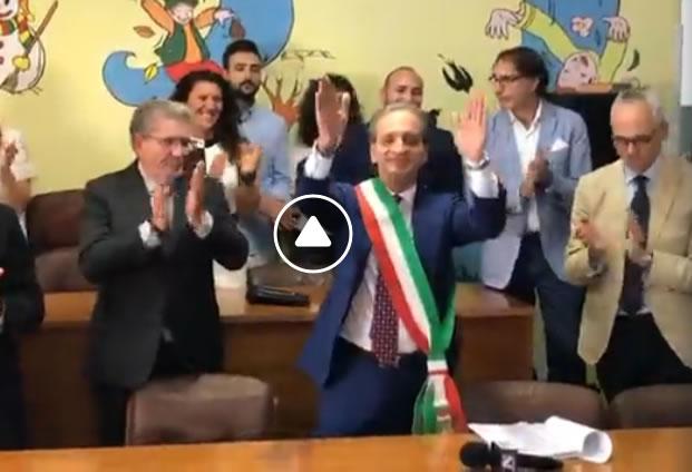 Grumo Nevano, AVV.Gaetano DI BERNARDO proclamato Sindaco della città..ecco il VIDEO