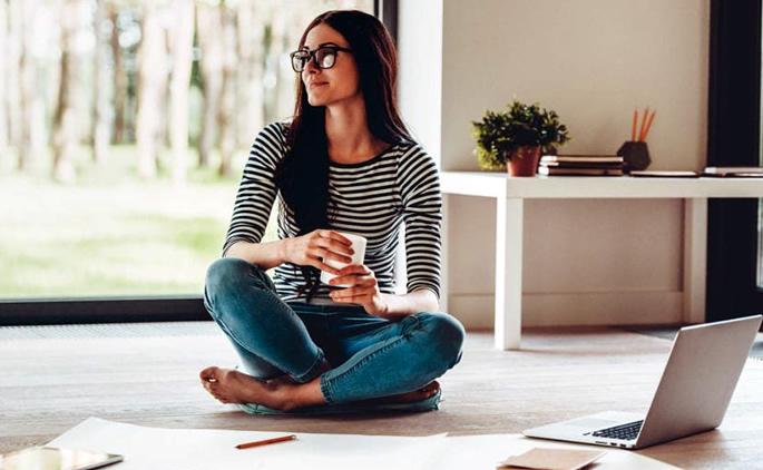 Lavoro senza orari: Vantaggi e Svantaggi dello smart working