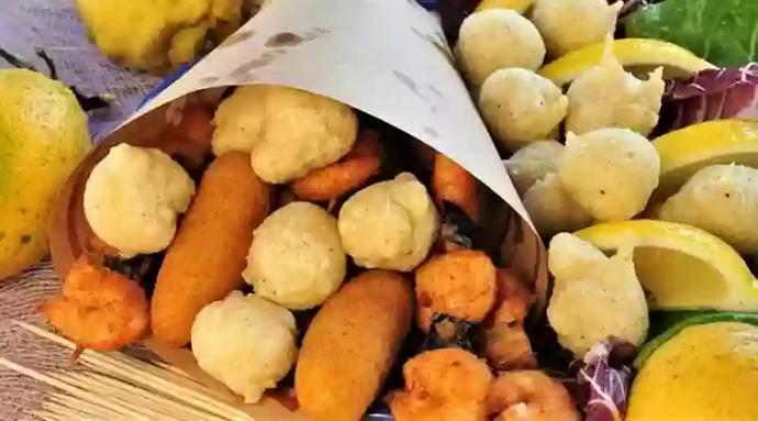 In arrivo l'evento gratuito Gragnano Street Food Village 2019, una tre giorni di festa per omaggiare i piatti della tradizione campana e non.