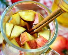 Infuso di cannella e mela: accelera il metabolismo, abbassa il colesterolo e previene il cancro