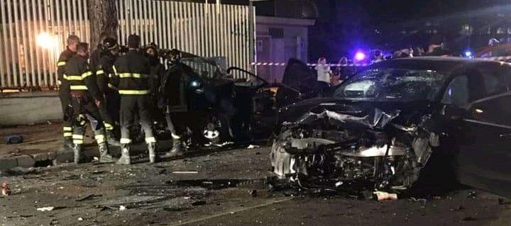 ARZANO: Terribile incidente nella notte: Morta una 17enne e 7 feriti gravissimi