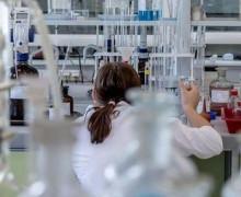 Tumore al seno, scoperto l'enzima che diffonde le metastasi