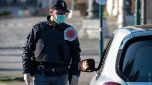 Controlli polizia Coronavirus covid posti blocco 3-2